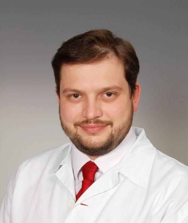 http://www.plasticka-chirurgie-dvorak.cz/wp-content/uploads/2016/10/portret_03.jpg